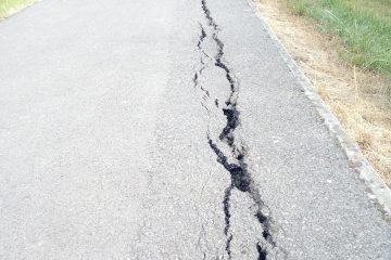 cracks Gillingham